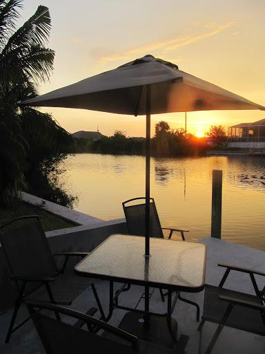 Dům s bazénem v Cape Coral