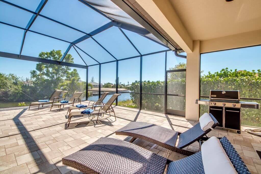 Překrásný rodinný dům na kanálu v Cape Coral