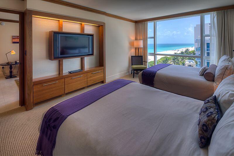 Apartmán v hotelu Carillon Miami Beach
