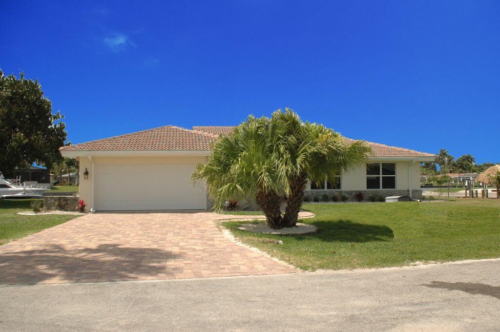 Dům k pronájmu v Cape Coral - situován na jih